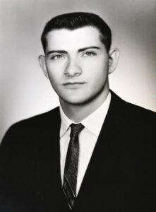 Robert E Blacksten