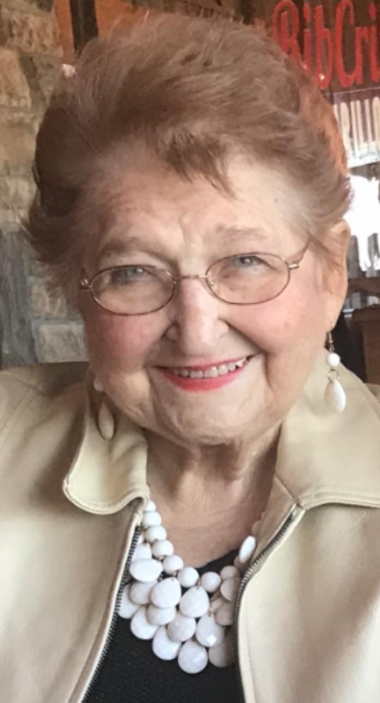 Bette Sue Davis